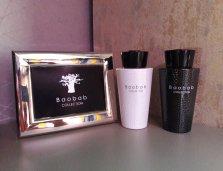 White és Black Pearl: pézsma és jásmin, gyömbér és rózsa illatok